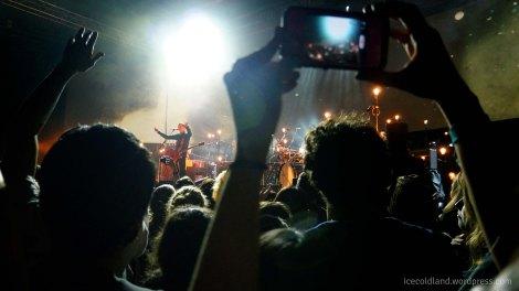 - jonsi and sigur ros rock the crowd -