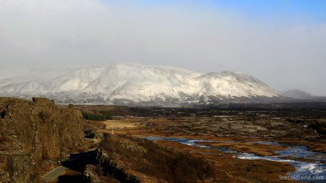 - view of the mountains by the atlantic ridge@pingevellir national park -