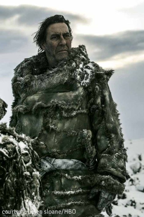 ciaran hinds plays the king beyond The Wall, mance rayder, in this season of the show...